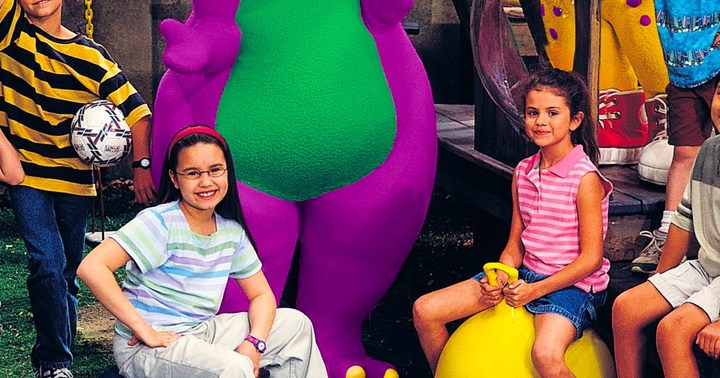 Demi and Selena on Barney